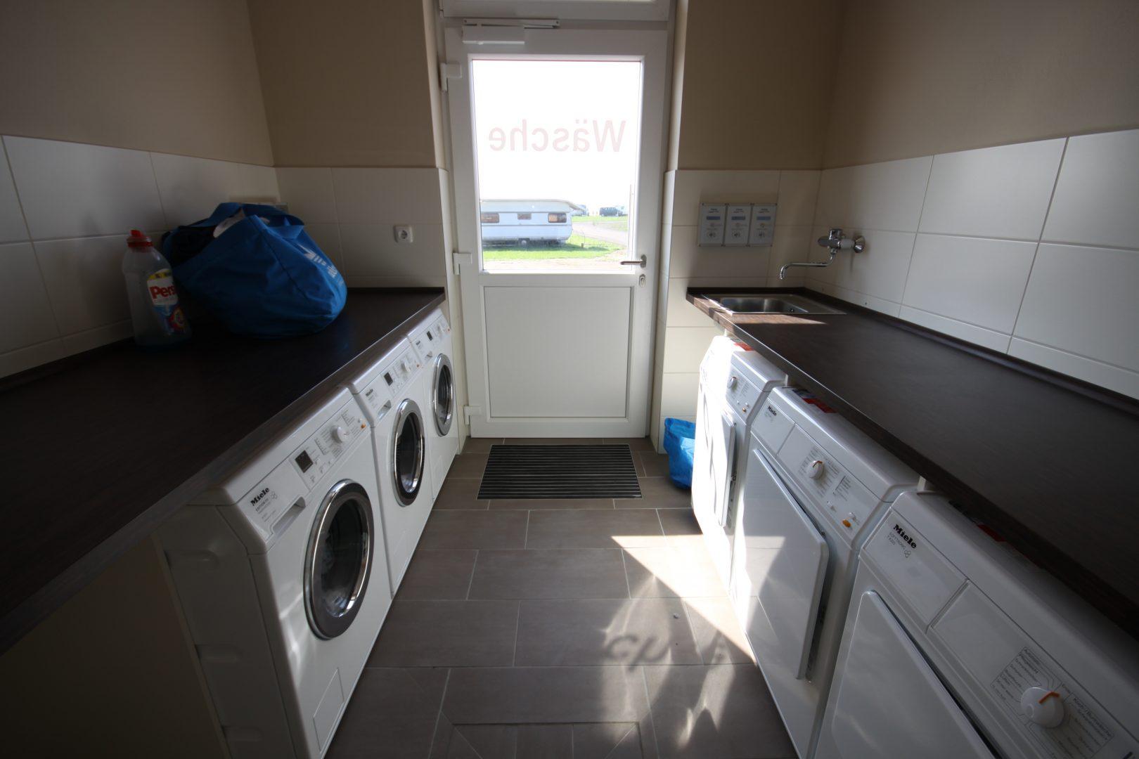 Küche mit spülmaschine schön inspirierend schrank für waschmaschine